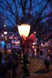 holiday lights Reading Tree Lighting Chamber of Commerce